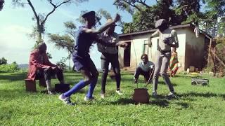 Download Manala & Friends dancing Free Style by Eddy Kenzo Video