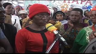 Download Binti wa Kiganda Aliyekuwa akifanya mapenzi na Mbwa. Video