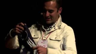 Download Transformar con un balón - transformation with a soccer ball   Juan Carlos Holguin   TEDxQuito Video