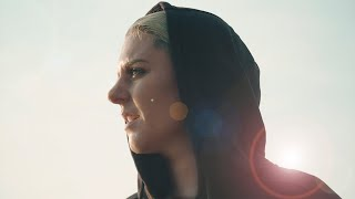 Download Christina Novelli - Beautiful Life Video