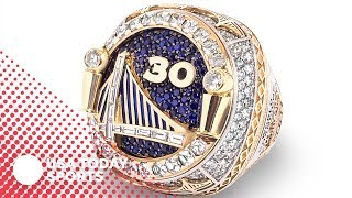 Download Golden State Warriors don reversible NBA title rings Video
