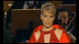 Download Elina Garanča - Panis Angelicus - Dresden Adventskonzert '08 Video