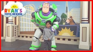 Download Amusement Park for Kids DisneyLand Family Fun Trip BuzzLight Year Disney Rides Ryan ToysReview Video