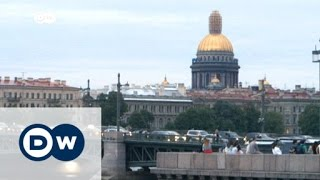 Download How people really live in Saint Petersburg | DW News Video