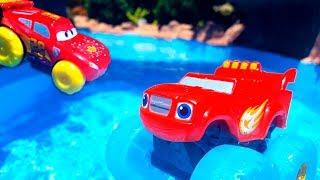 Download Машинки на пляже 🚛🚗🚜 на Море и в бассейне 🔴 LIVE / Прямой эфир все серии подряд ТаТаШоу Video
