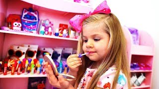 Download Diana Pretend Play Dress Up and New Make Up toys Video