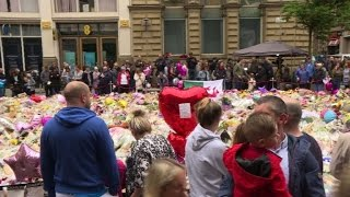 Download Tributes continue in Manchester one week after attack Video