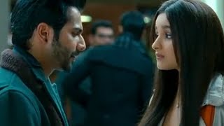 Download Varun Dhawan acts rude with Alia - Student Of The Year Video