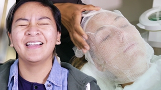 Download Women With Acne Get Facials For The First Time Video