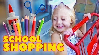 Download EVERLEIGH GOES SCHOOL SHOPPING FOR THE VERY FIRST TIME!!! Video