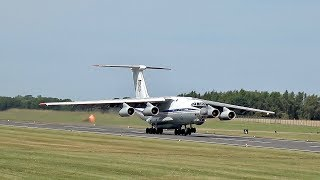 Download RIAT Monday departures more than 100 Airplane´s departure at RAF Fairford RIAT 2017 Air Show Video