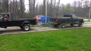 Download Ford diesel(7.3) vs ford(460) Video