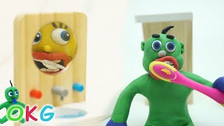 Download SUPERHEROES BABIES DAILY ACTIVITIES - Clay & Play Cartoons Stop Motions Video