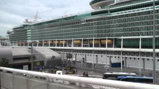 Download Cruise from Barcelona - Shuttle Bus to Cruise Port Video
