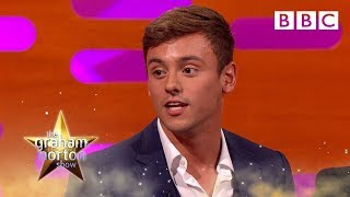 Download Tom Daley on the benefits of tight swimming trunks – The Graham Norton Show: Series 19 – BBC One Video