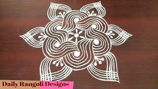 Download Beginners padi kolam disign | simple and easy padi kolam design with 5 dots | Geethala muggulu Video