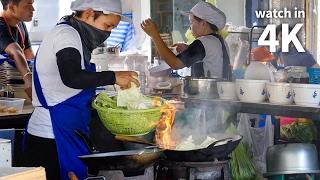 Download Thai Street Food of Your Dreams in Bangkok (ร้าน หน่องริมคลอง) - Giant Pad Kee Mao Crab! Video