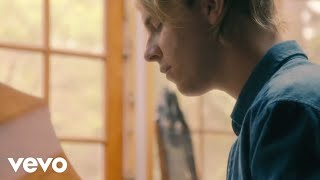 Download Tom Odell - Grow Old with Me Video