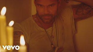 Download Ricky Martin - Fiebre ft. Wisin, Yandel Video