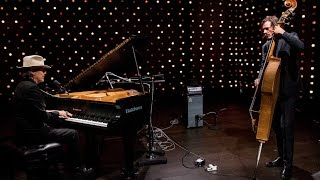 Download Howe Gelb - Full Performance (Live on KEXP) Video
