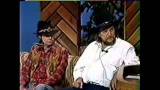 Download Waylon Jennings and Neil Young ″Are You Ready For the Country″ Video