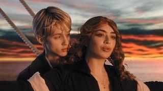 Download Charli XCX & Troye Sivan - 1999 Video