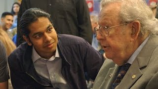Download 18-Year-Old Surprises WWII Veterans Who Have Changed His Life Video