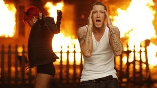 Download Eminem Ft. Rihanna - Love The Way You Lie Video