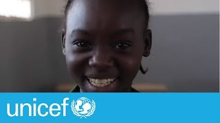 Download Using the internet for the first time in Cameroon | UNICEF Video