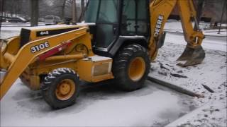 Download Getting Ready To Scrape Ice! Video