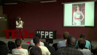 Download Being big on the small things: Clarice Freire at TEDxUFPE Video