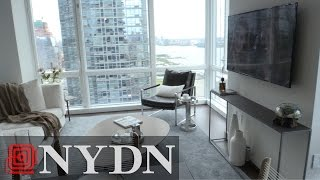 Download Real Estate NYC : Sky in Manhattan Video