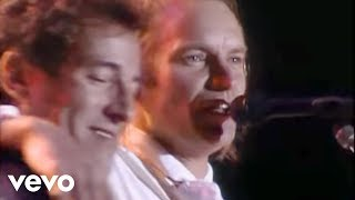 Download Sting, Bruce Springsteen - Every Breath You Take (Live) Video