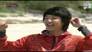 Download Funny Water Game PART 1 ( feat. Lee Jun Ki ) ( eng sub ) Video