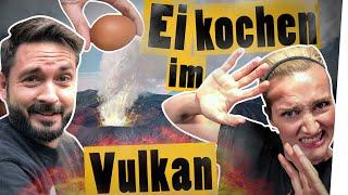 """Download Vulkan-Challenge: Ei kochen im Vulkan mit Ari und Meini    """"Das schaffst du nie!"""" Video"""
