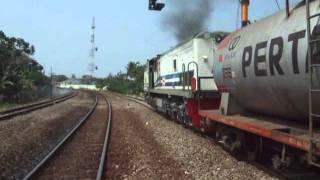 Download Kereta Api Barang Video