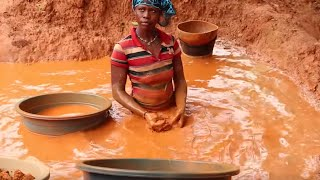 Download Inside Ivory Coast's hidden gold rush Video