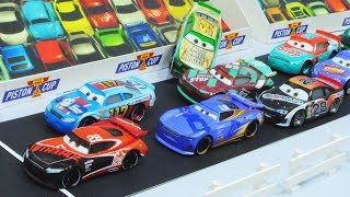 Download Cars 3 : Team Piston Cup Race! - StopMotion Video