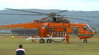 Download Sikorsky-Erickson Air Crane - 'Incredible Hulk' - Start up & Take Off Video