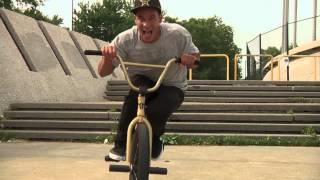 Download BMX - PREMIUM MONTREAL TRIP Video