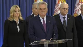 Download U PREDSEDNIŠTVU SRBIJE: Tomislav Nikolić obraća se medijima Video