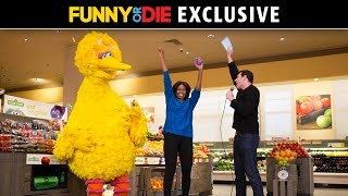 Download Billy On The Street with First Lady Michelle Obama, Big Bird, And Elena!!! Video