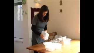 Download איילת גרינברג לצאת מהבלגן   סידור קופסאות פלסטיק Video