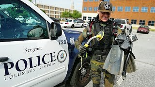 Download Helping the Police Find a Gun Underwater to Solve a Criminal Case! (Metal Detecting Underwater) Video