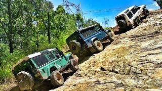 Download Land Rover Discovery vs Defender @ Fire Tower Hill Glass House Mountains Video