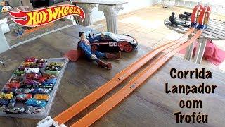 Download Hot Wheels Pista Corrida Lançador com Troféu - Carrinhos de Brinquedos Video