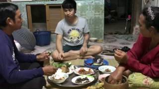 Download ก้อยกุ้ง ทอดปลาตะเพียน ต้มหอยขัว ตำถั่วปี ข้าวแลง Video