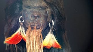 Download Here's Exactly How Shrunken Heads Are Made Video