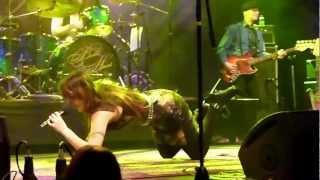 Download Beth Hart KARAOKE Caught Out in the Rain lyrics كلمات الاغنية 歌詞 बोल lirik Video