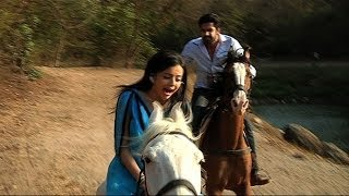 Download Shlok Saves Astha - Iss Pyaar Ko Kya Naam Doon... Ek Baar Phir Video